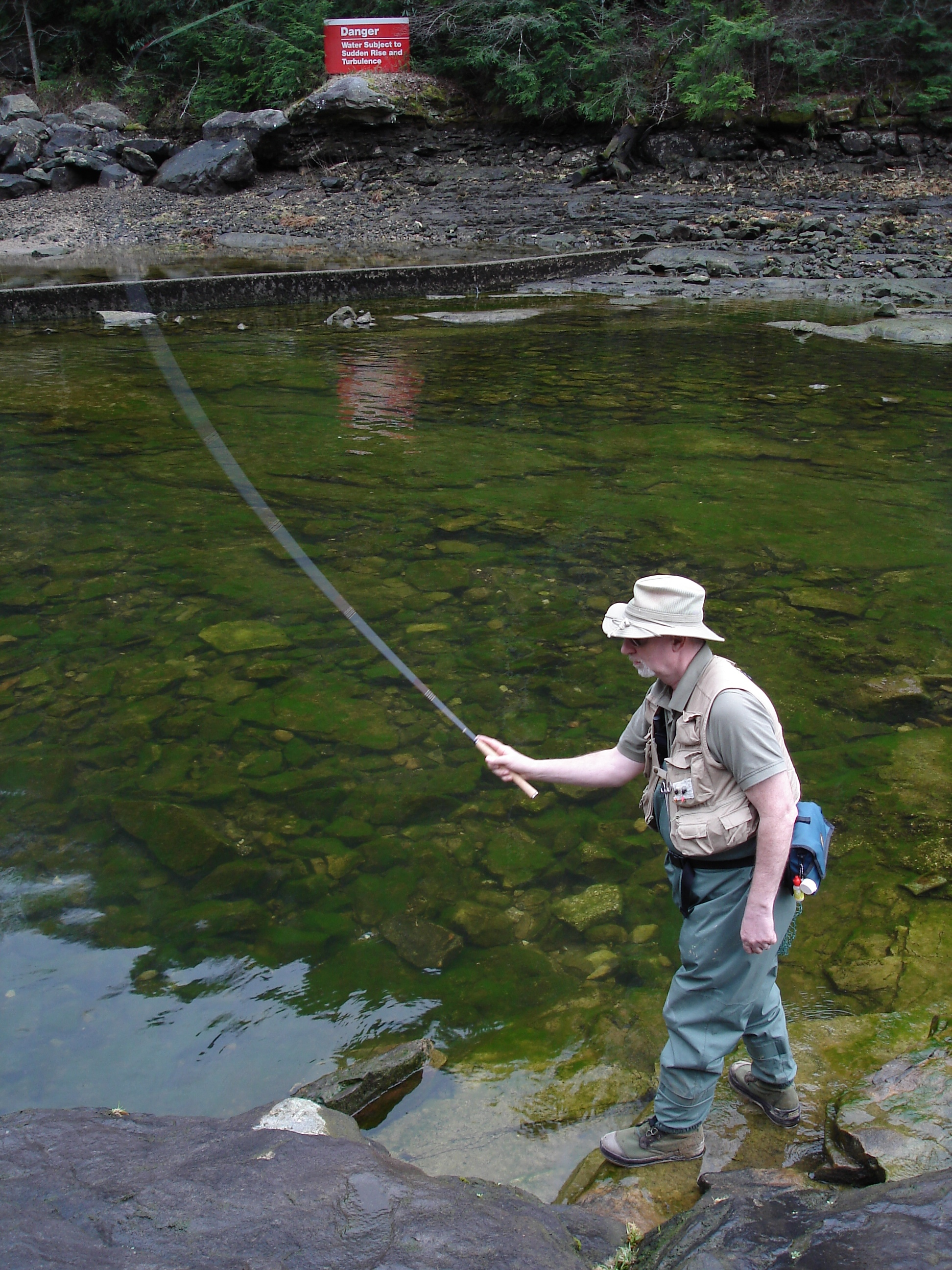 Tenkara fly rods the flyfishing prof for Fly fishing shops near me